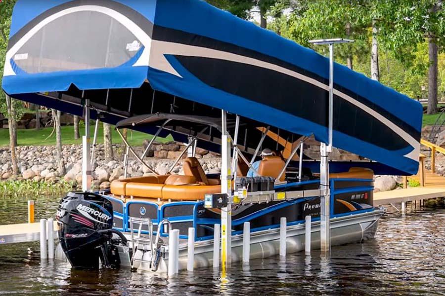 Auvent-a-elevateur-vertical-bateau-FLOE-international-facilite-acces-bateau